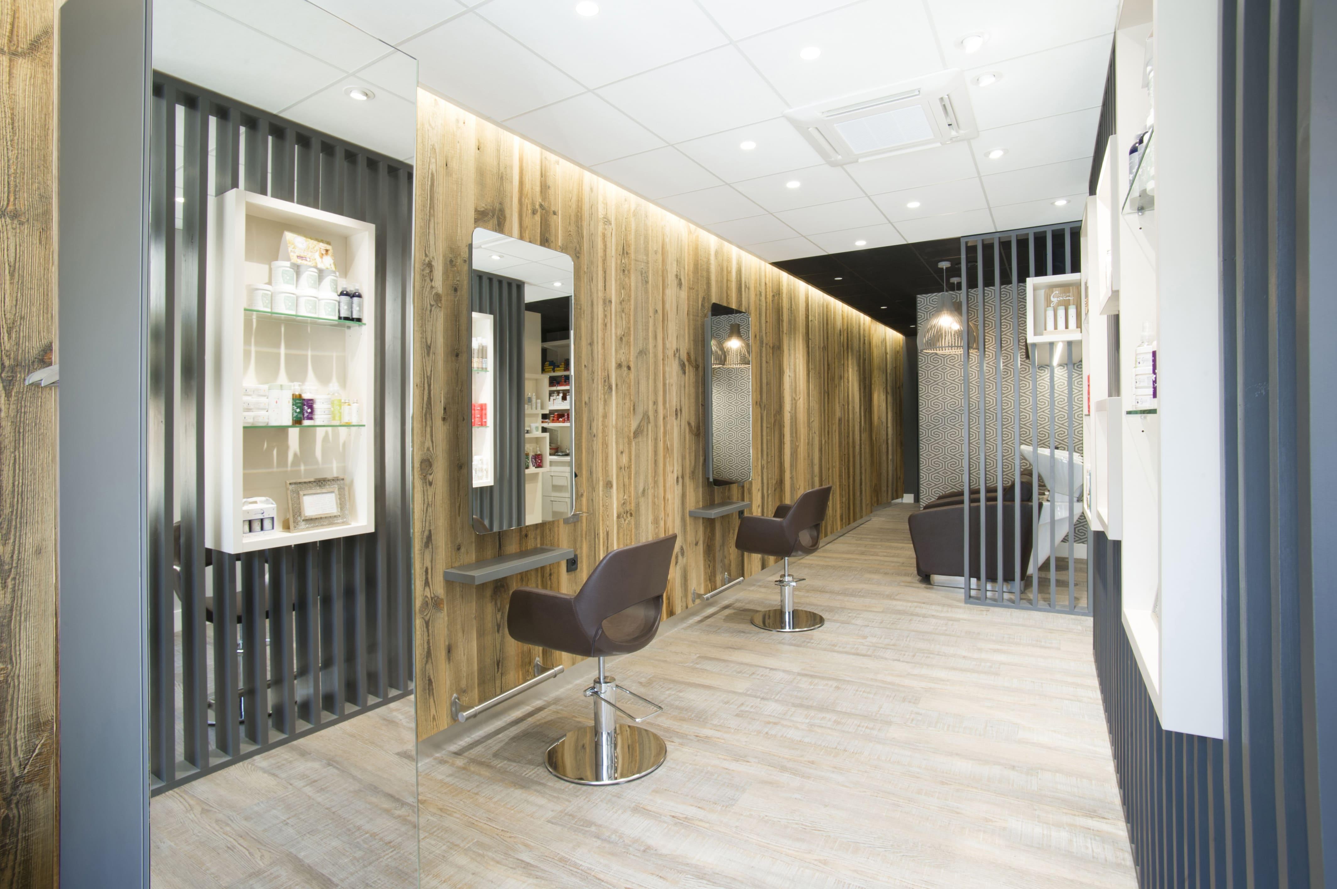 Salon de coiffure Larajasse Tout en Nuances (installation et pose)
