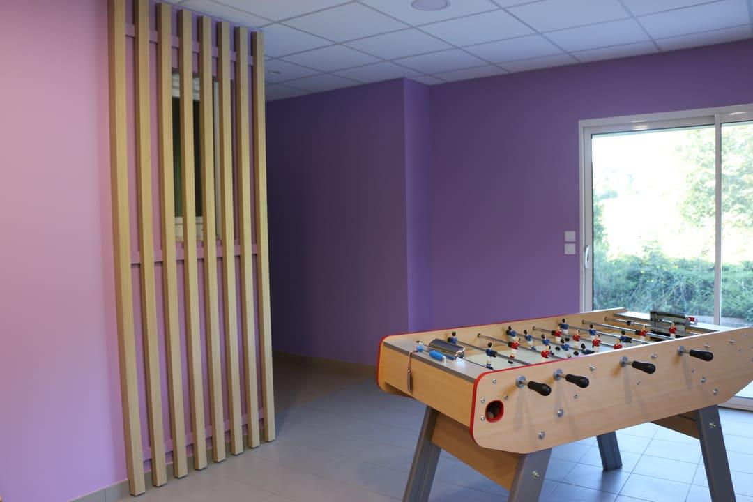 Aménagement salle détente au travail03